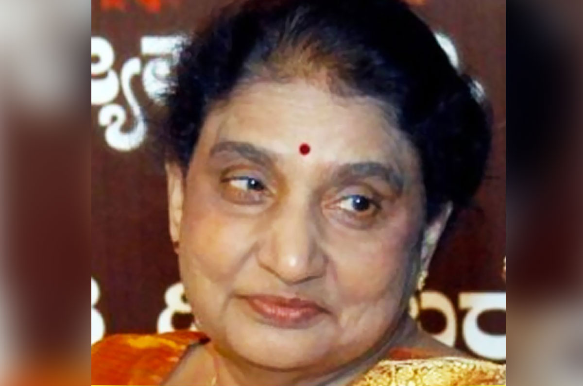 15 Women In Politics Who Made Milestones In India - Beyond Pink World